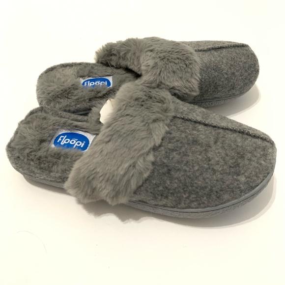 d4395c56b52 Floopi Fur Lined Clog Slipper W/Memory Foam size M NWT